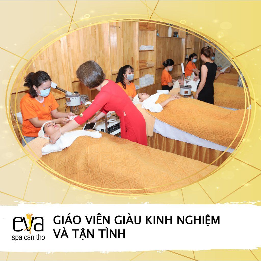 eva_qc_chieu sinh t10-05